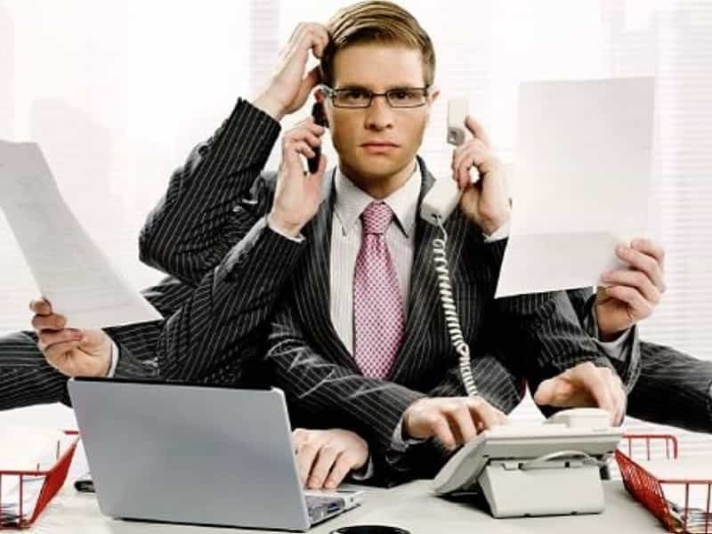 менеджер по B2B продажам